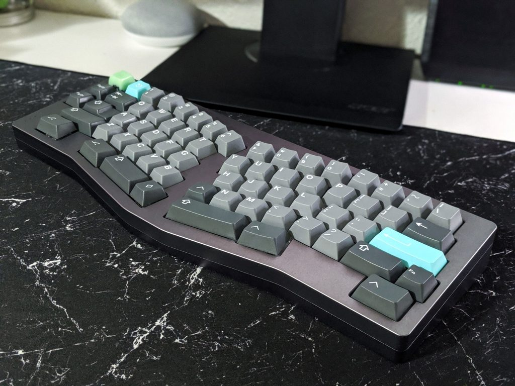 Ergonomic mechanical keyboard with a custom design